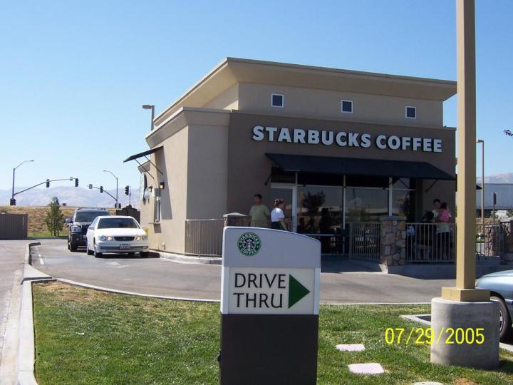 Starbucks_DriveThrough_Hwy5-781977_0
