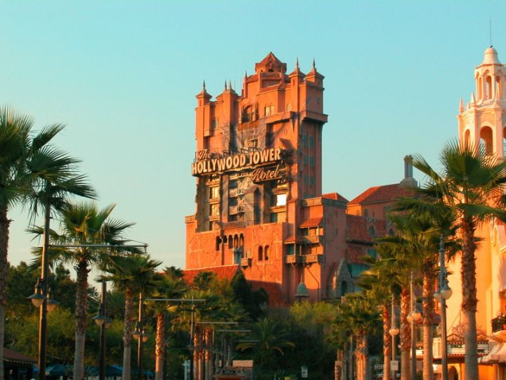 800px-MGM_Studios_Tower_of_Terror