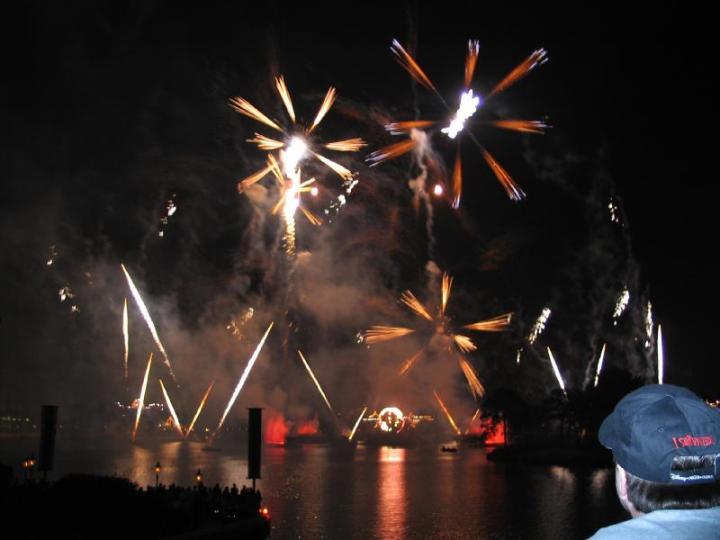 epcot%20illuminations%20fireworks