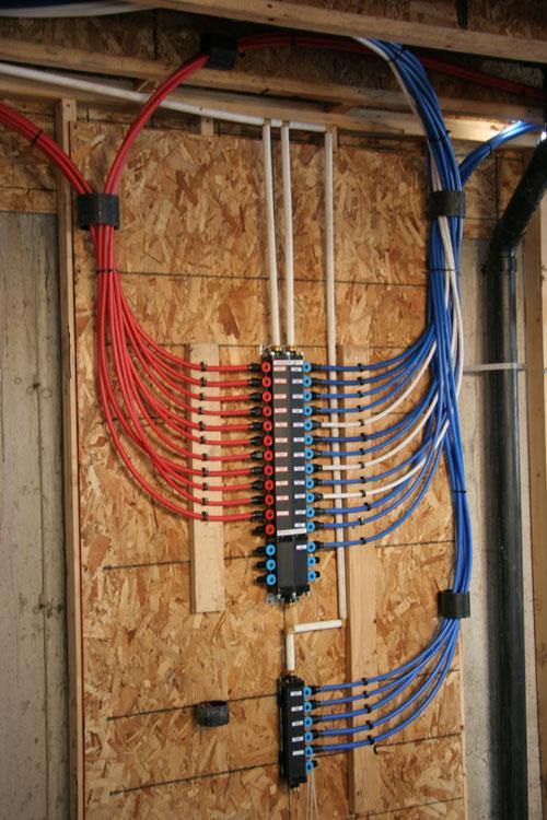 Come si costruisce una casa negli usa living in america for Sostituzione di tubi di rame con pex