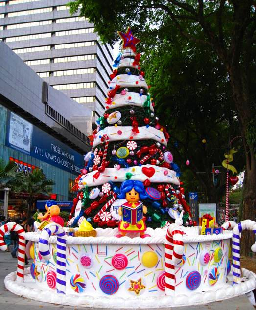 195345-giant-cake-tree---sweet-tropical-christmas-singapore-singapore-singapore