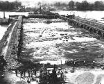Wilson_Dam_Construction_in_1919_2